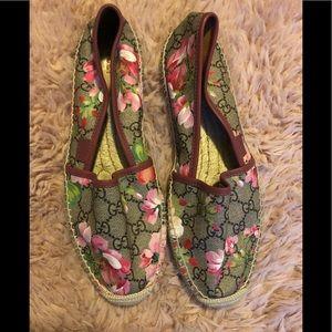 8c18ac3c051f8 Gucci Gg Line Signature Web Thong Sandal